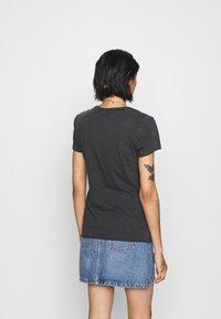 ONLY - ONLLUCY ROCK - Print T-shirt - black - 2