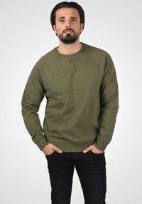 Blend - SWEATSHIRT ALEX - Sweatshirt - ivy green - 0