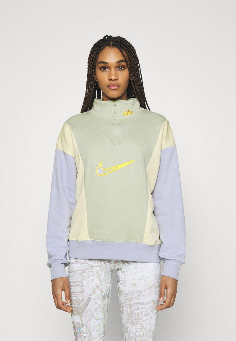 Nike Sportswear - Sweatshirt - olive aura