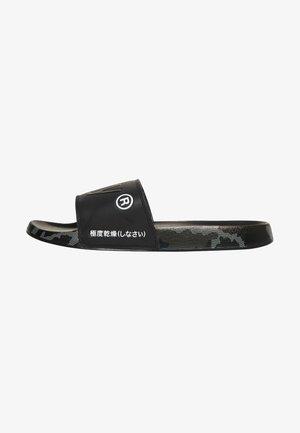 Klapki - black /black/mono camo dot