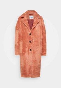 ONLLAYLA HAIRY LONG COAT - Classic coat - desert sand