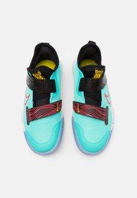 Nike Performance - ZOOM FLIGHT UNISEX - Basketbalschoenen - aurora green/laser crimson/black - 3