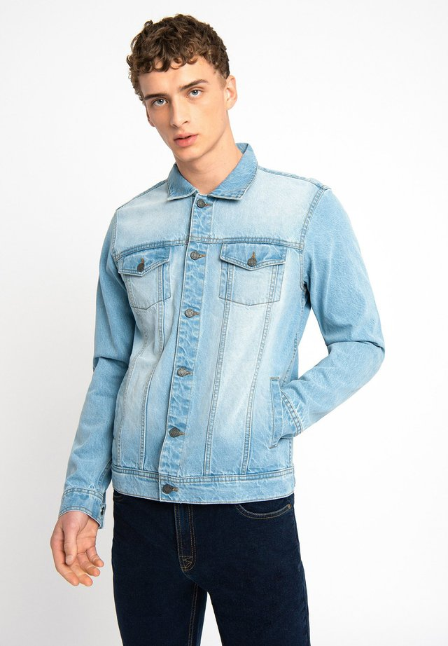 LDN DNM LIGHT WASH DENIM TRUCKER JACKET - Spijkerjas - light blue