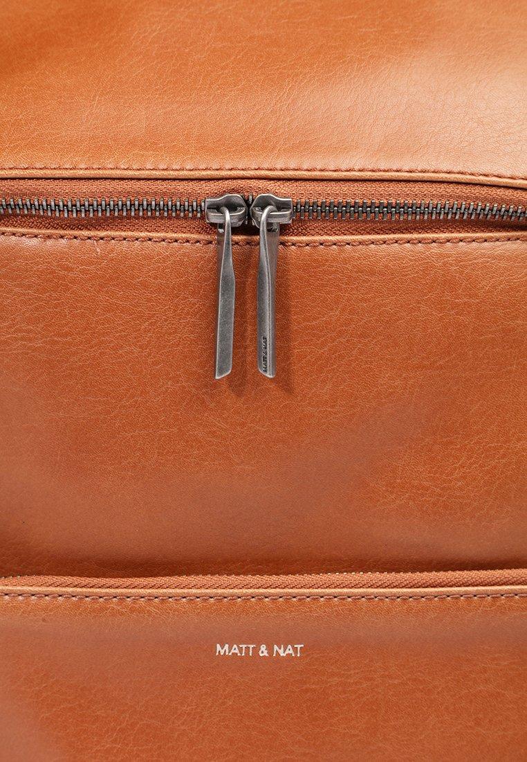 Matt  Nat UNIFY VINTAGE - Tagesrucksack - chili/cognac - Herrentaschen aZ81W