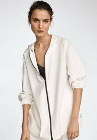 Massimo Dutti - Zip-up hoodie - white - 0