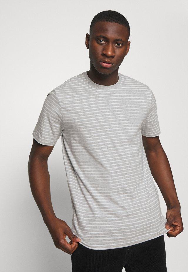 ONSMICK LIFE STRIPE TEE - T-shirt z nadrukiem - light grey