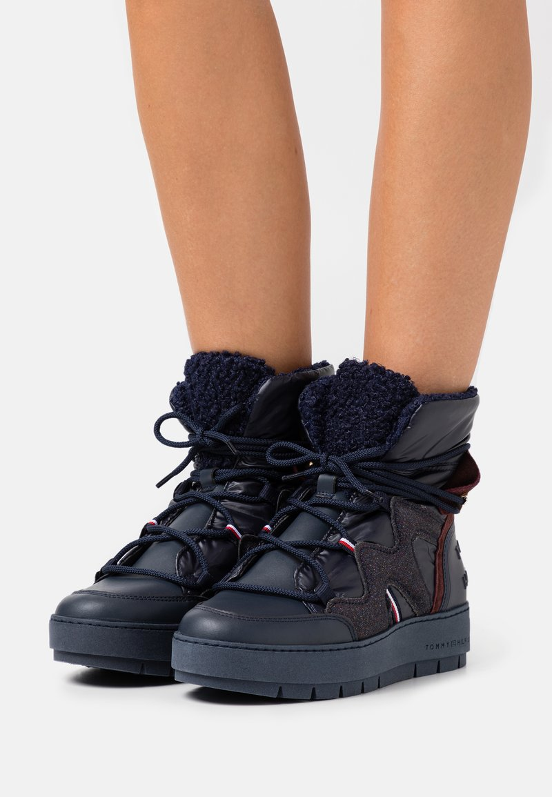 Tommy Hilfiger - Lace-up ankle boots - desert sky