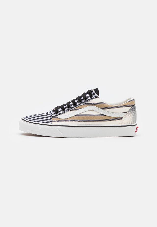 OLD SKOOL UNISEX - Sneakers basse - blanc de blanc