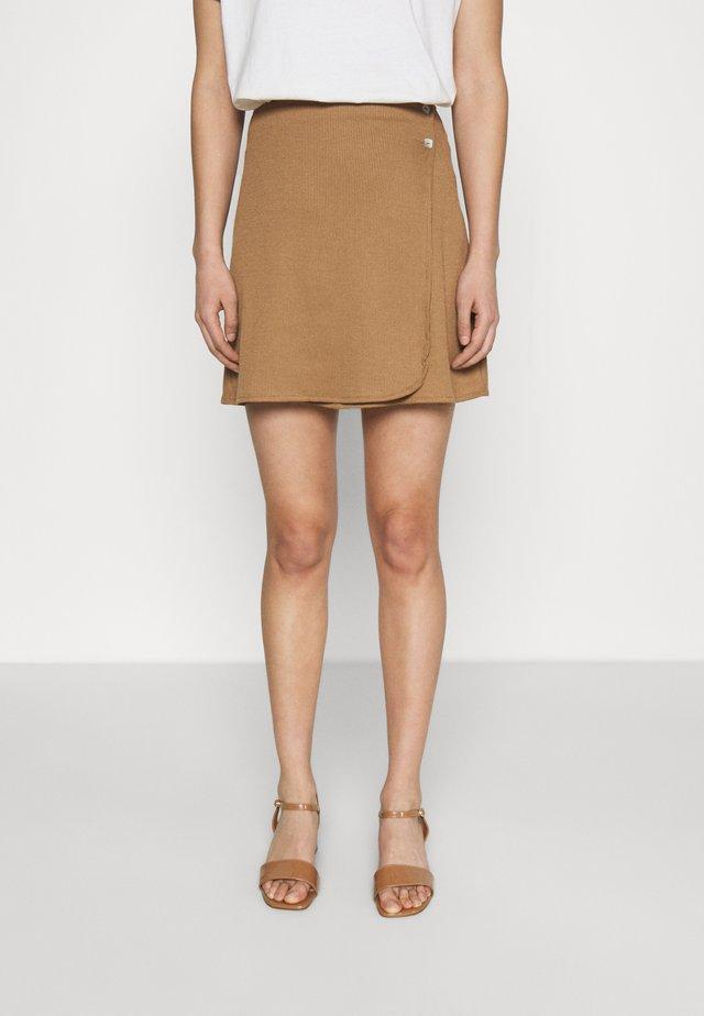 JODI SKIRT - Spódnica mini - brown