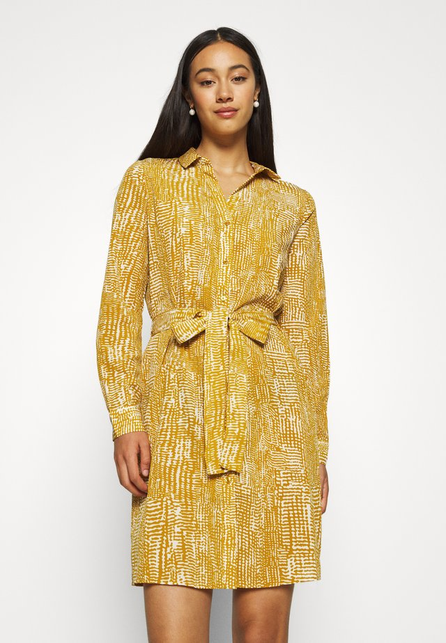 VMVIBE DRESS - Shirt dress - buckthorn brown/birch dots