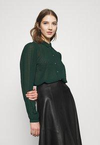 JDY - JDYDIANE PUFF SHIRT - Button-down blouse - scarab - 3