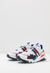 Tommy Jeans - COOL RUNNER - Trainers - white - 2