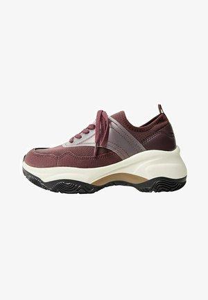 CHAVA - Sneakers laag - granátová