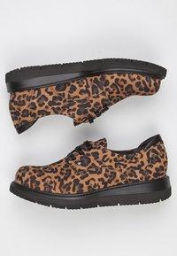 TJ Collection - DERBIES - Chaussures à lacets - brown - 4