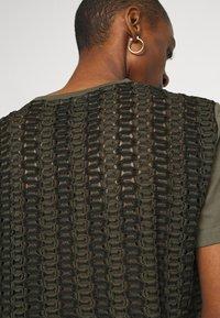 Desigual - NIZA - Basic T-shirt - boaba - 5