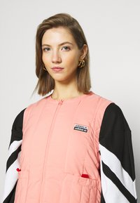 adidas Originals - SPORTS INSPIRED REGULAR VEST - Bodywarmer - trace pink - 3