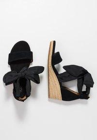 UGG - TRINA - Loafers - black - 3