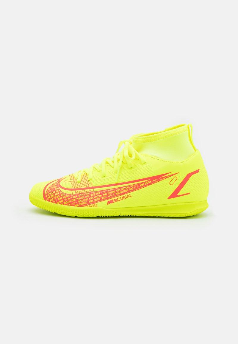 Nike Performance - MERCURIAL 8 CLUB IC UNISEX - Indoor football boots - volt/black/bright crimson