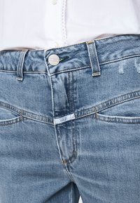 CLOSED - PEDAL PUSHER - Slim fit jeans - mid blue - 4
