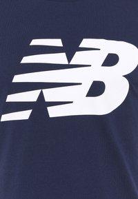 New Balance - Print T-shirt - dark blue - 2