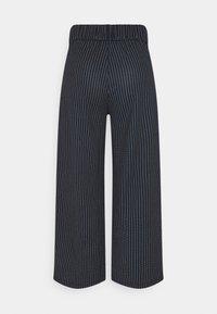 JDY - JDYLOUISVILLE CATIA ANKLE PANT  - Trousers - sky captain - 1