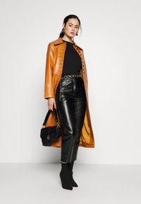 Topshop - WARWICK REPTILE - Classic coat - tan - 3