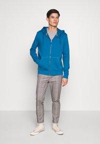 Esprit - Bluza rozpinana - petrol blue - 1
