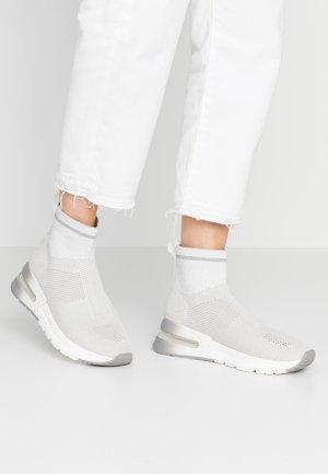 Vysoké tenisky - light grey/grey