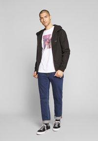 Volcom - RAYNAN UPDATE - Summer jacket - black - 1