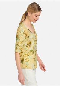 MARGITTES - Print T-shirt - gelb - 3
