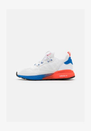 ZX 2K BOOST UNISEX - Trainers - footwear white/solar red/blue