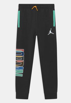 MISMATCH - Pantaloni sportivi - black