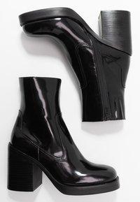 Jeffrey Campbell - MAXEN - High heeled ankle boots - black box - 3