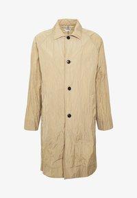 Weekday - BARCLAY TECH COAT - Classic coat - beige - 4