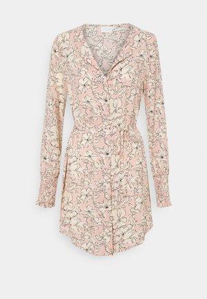 VIDOTTIES NEW TUNIC DRESS - Shirt dress - misty rose/white