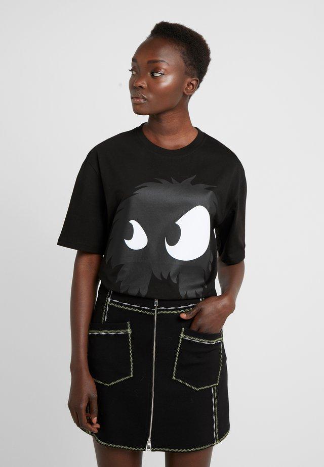 BOYFRIEND TEE - T-shirt imprimé - darkest black