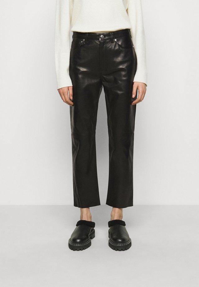 GNEISS TROUSERS - Pantaloni di pelle - black