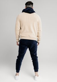 SIKSILK - ALLURE  - Bomberjacks - beige - 2