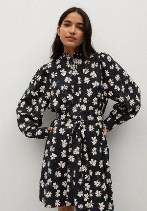 NOELA - Košilové šaty - crudo