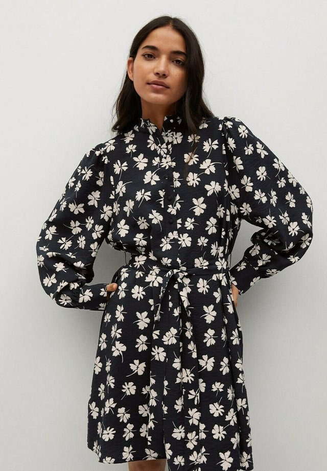NOELA - Shirt dress - crudo