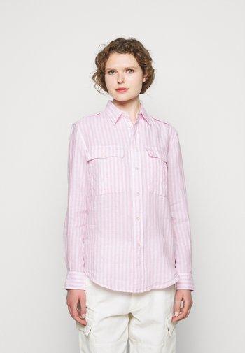 Button-down blouse - garden pink