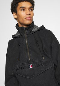 Karl Kani - RETRO WASHED  - Windbreaker - black - 4