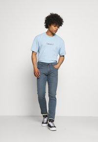 Replay - ANBASS LITE - Straight leg jeans - medium grey - 1