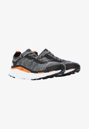 ESCAPE - Hiking shoes - tnf black tnf white