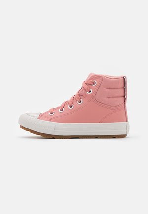 CHUCK TAYLOR ALL STAR BERKSHIRE BOOT  - High-top trainers - rust pink/pale putty