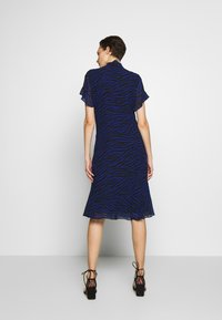 MICHAEL Michael Kors - MIX TIE DRESS - Day dress - black/twilight blue - 2