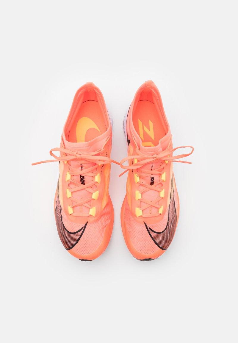 Árbol seguridad Hacer  Nike Performance ZOOM FLY 3 - Neutral running shoes - bright  mango/black/citron pulse/orange - Zalando.co.uk