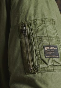 Superdry - Bomber Jacket - army green - 1