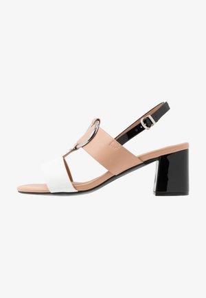 SPRING - Sandals - camel/white