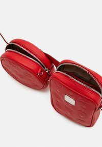 MCM - Bum bag - viva red - 3